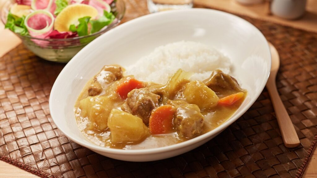 every Japanese food you must try curry rice