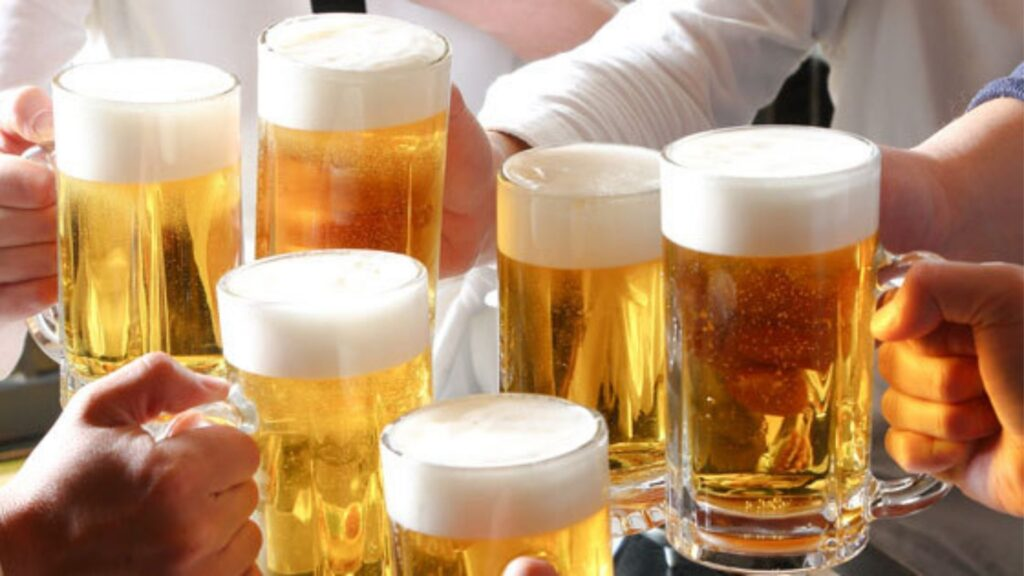 Food and drinks you should try at an izakaya Beer