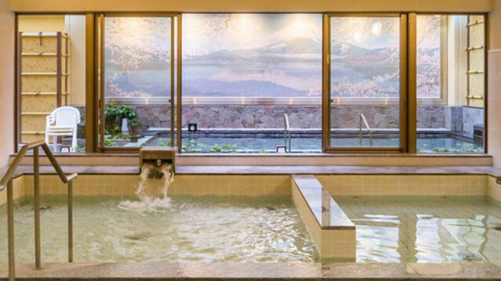 which onsen allows tattoos Thermae-Yu