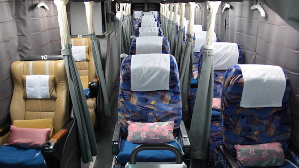 Japanese overnight buses comfortable seating