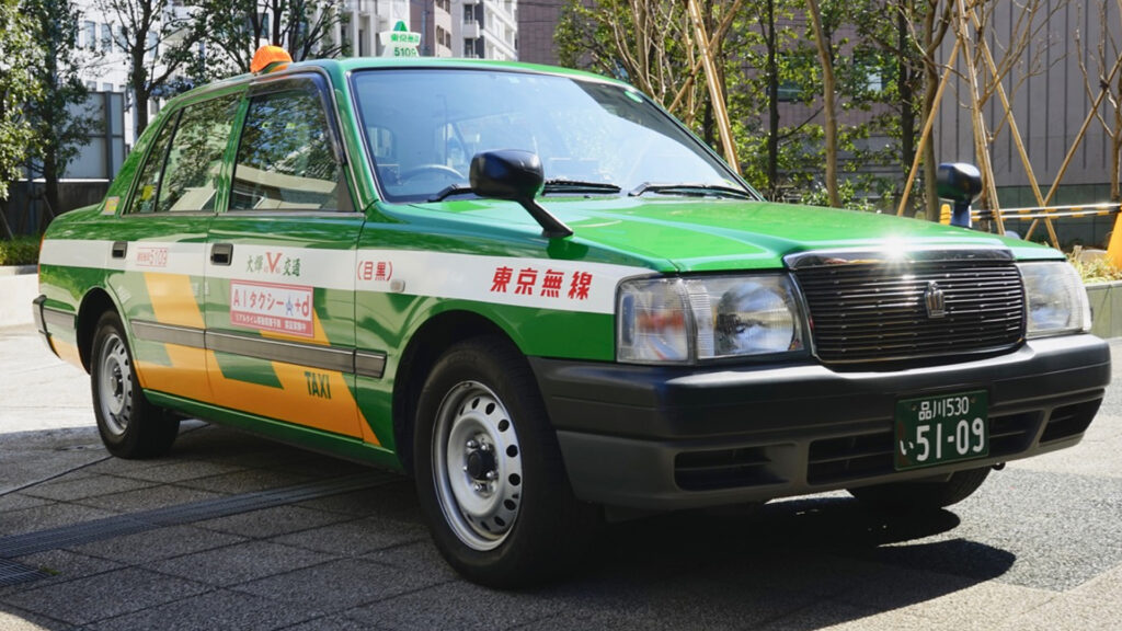 Japanese-taxi-comfortable