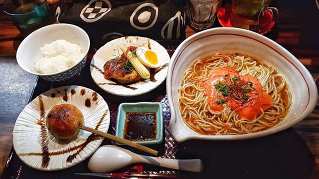 Ramen chains and everything you need to know about them-Shinjuku Gyoen 桜花 新宿御苑らーめん桜花