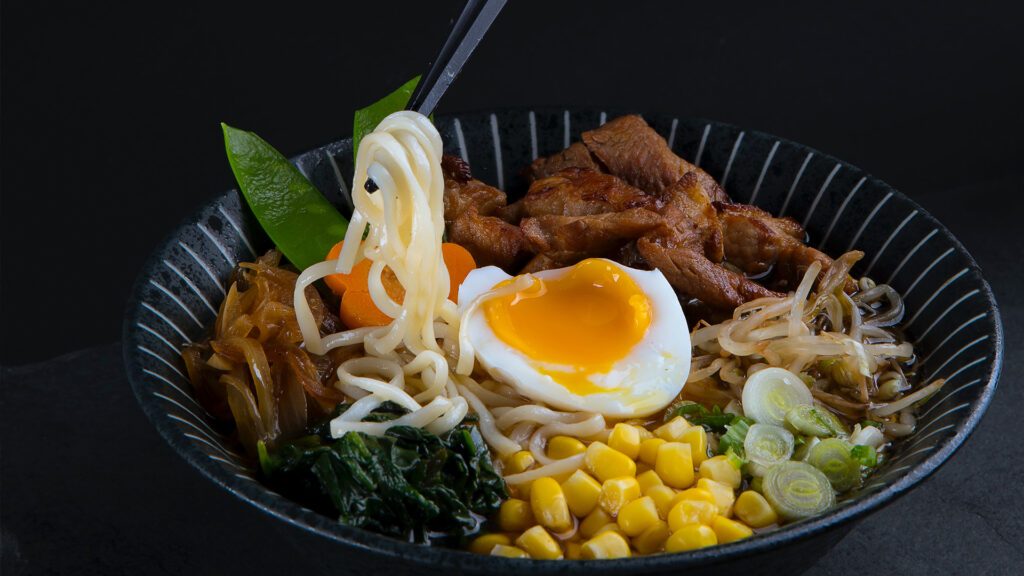 Japanese things you can do during lockdown, Japanese food and drinks Ramen
