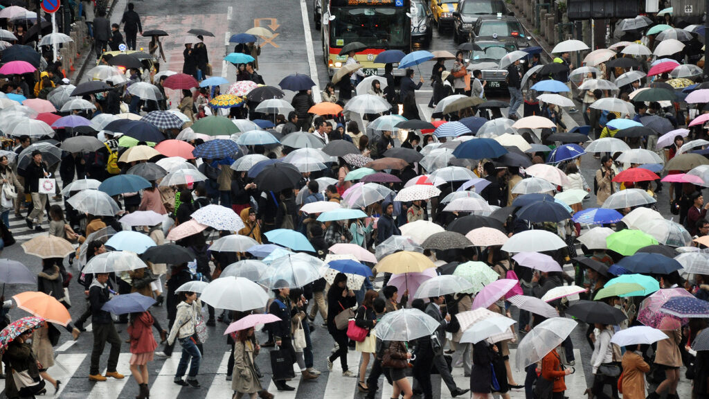 The Ultimate Japan packing List what you need and don't need foldable umbrella collapsible umbrella to bring to Japan