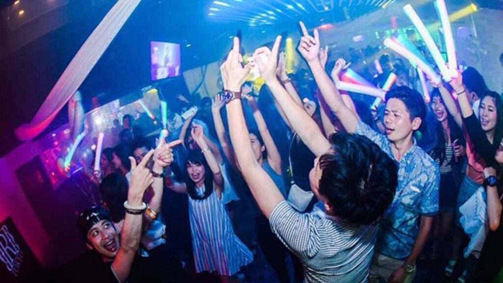 Everything you need to know before a night out in Tokyo, dresscode