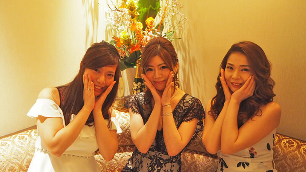 How Japanese people cheat without cheating, hidden Japanese culture hostess clubs